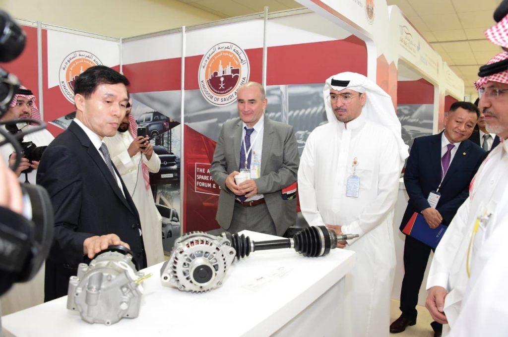 ملتقى صناعة السيارات وقطع الغيار يختتم أعماله بمشاركة العديد من الجهات المحلية والدولية