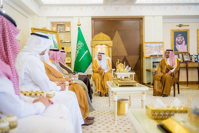 أمير القصيم يستقبل مساعد وزير العمل والتنمية الاجتماعية