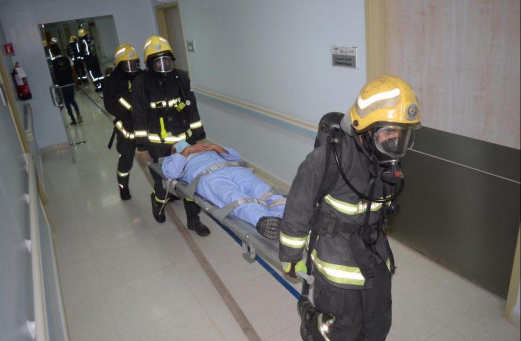 مدني تبوك ينفذ فرضية حريق بمستشفى الملك فهد التخصصي
