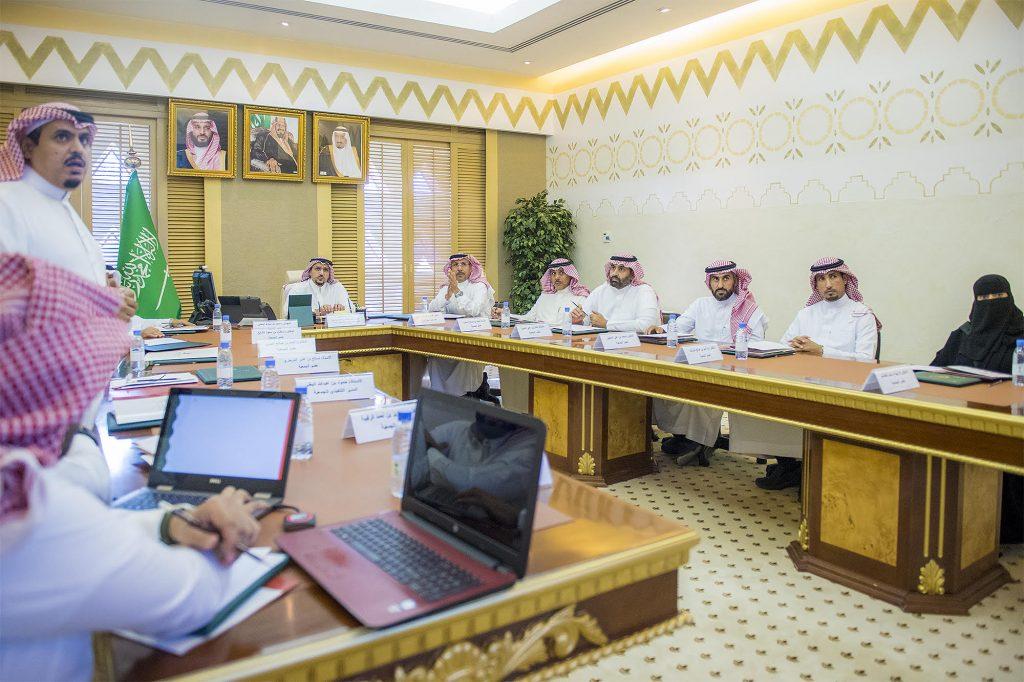 الأمير فيصل بن مشعل يرأس اجتماع مجلس إدارة جمعية أصدقاء بنوك الدم