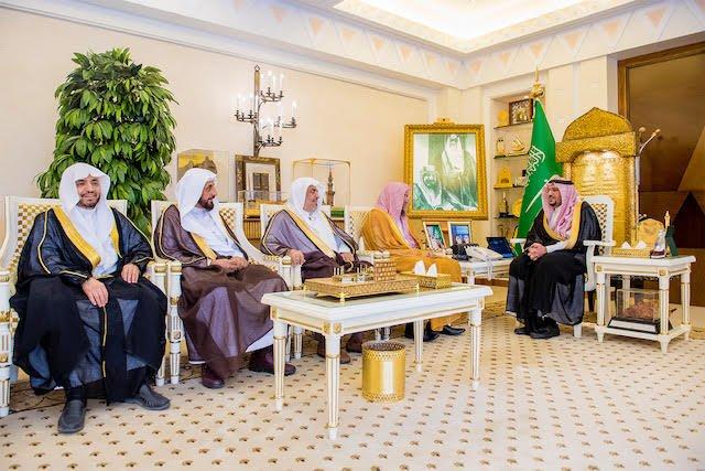 """الأمير فيصل بن مشعل يستقبل المشرف على لجنة إصلاح ذات البين """"عفو"""" ويتسلم تقرير أعمال اللجنة"""
