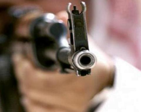 """إطلاق وابل من الرصاص صوب مركبات وسكن ٤ معلمين بـ """"رنية"""""""