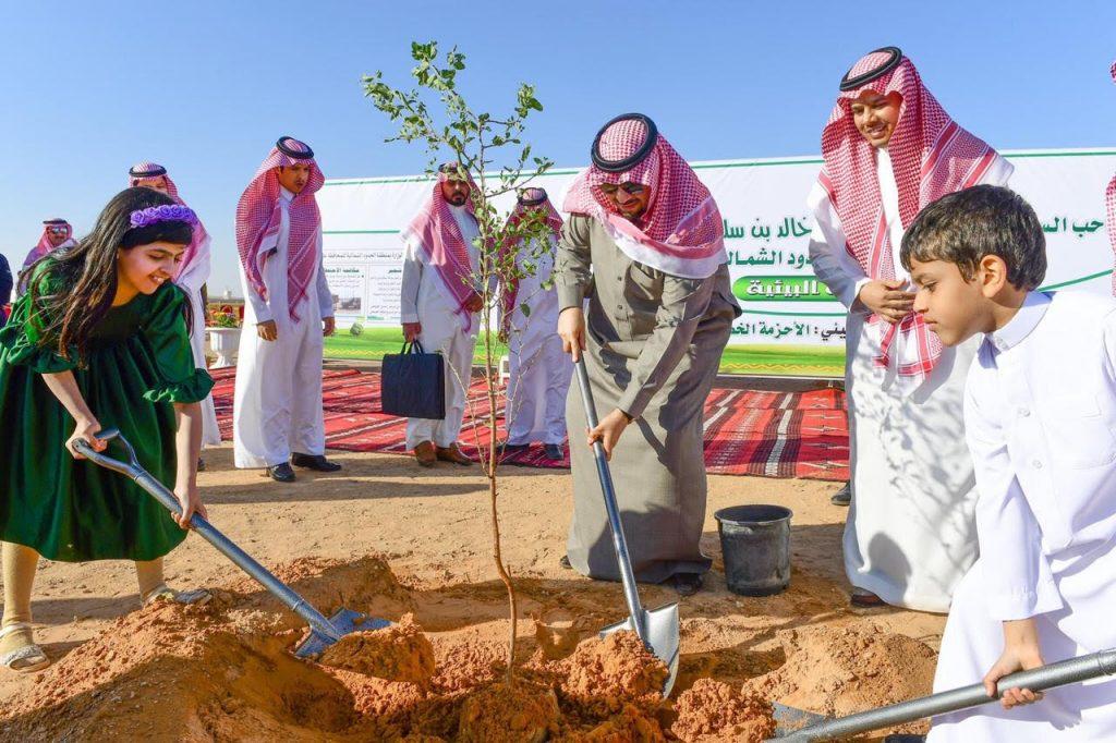 أمير منطقة الحدود الشمالية يدشن مشروع التأهيل البيئي الأحزمة الخضراء صحيفة المناطق السعوديةصحيفة المناطق السعودية