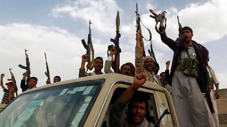 وزير يمني يدين قصف ميليشيا الحوثي الإرهابية لحي سكني في مأرب