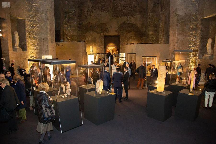 """""""معرض روائع المملكة"""" في روما يحقق رقماً قياسياً بإقبال أكثر من 6500 زائر عليه في يوم واحد"""
