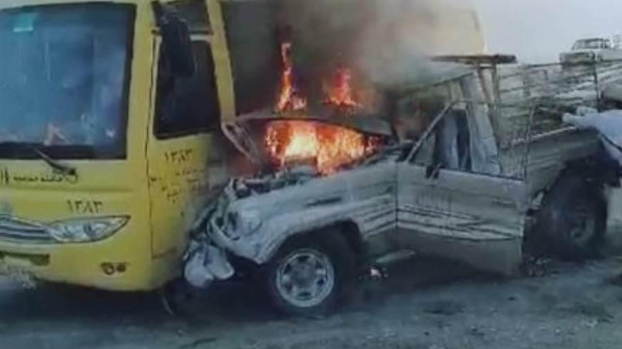 إصابة 4 طالبات في احتراق حافلة مدرسية في محايل عسير