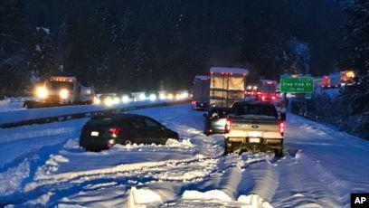 الثلوج تضرب ولايات أميركية وخدمة الأرصاد تحذر المسافرين