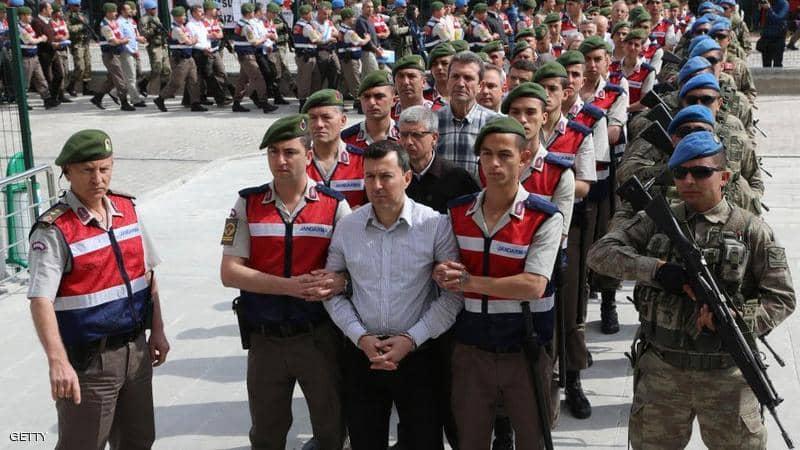 تركيا.. السلطات تشن حملة اعتقالات جديدة في صفوف الجيش