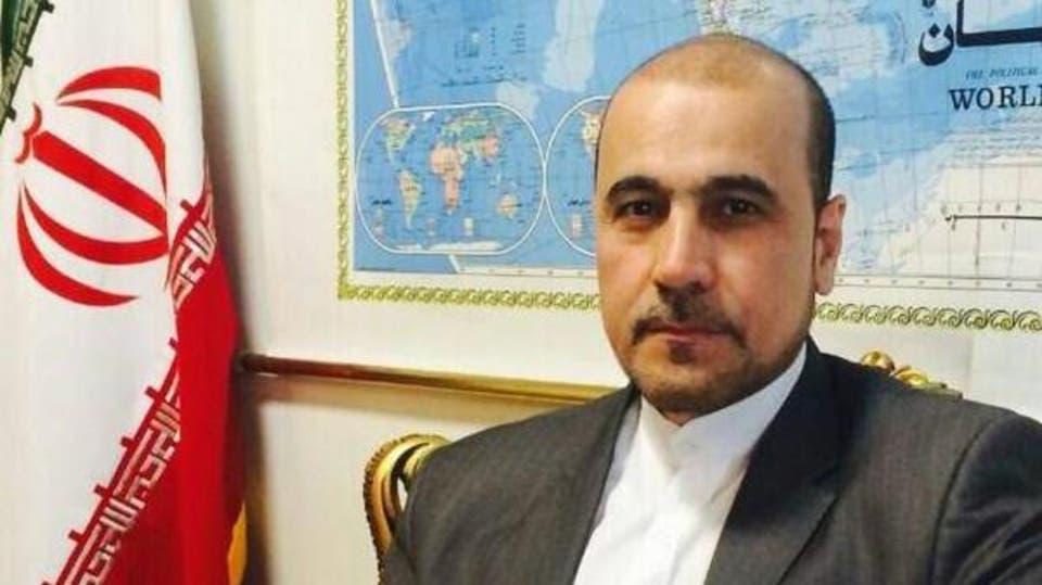 شخصية إيرانية تطالب قطر بطرد القوات الأمريكية قبل أن تستهدفها إيران