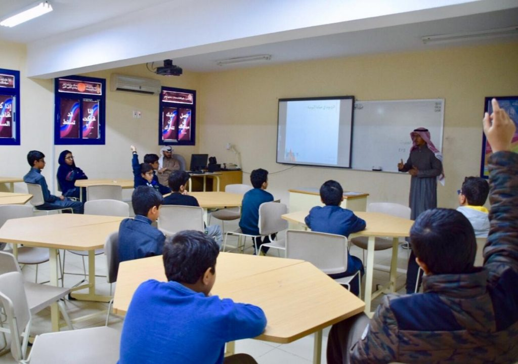 600 ساعة تدريبية في أندية الحي بتعليم القصيم