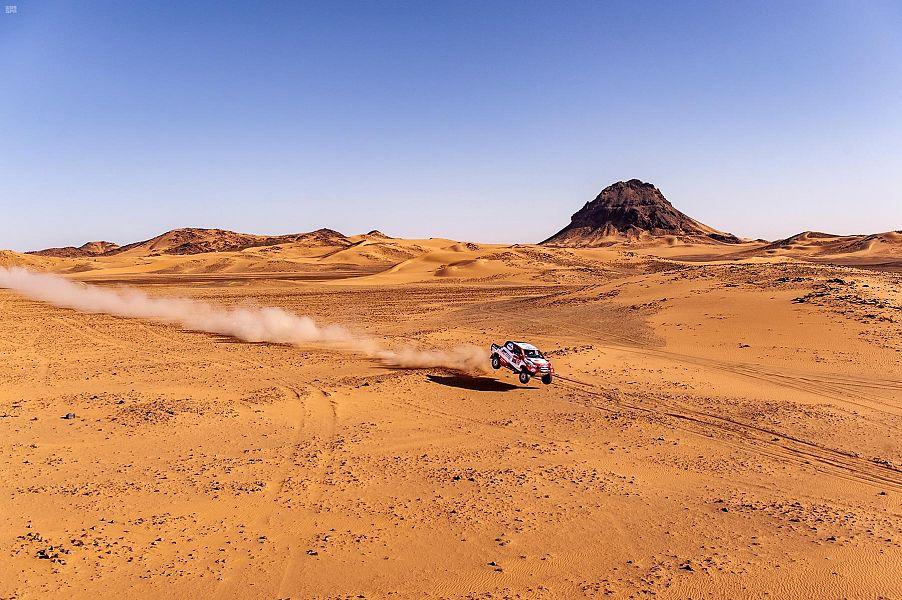 """""""سيرادوري"""" و """"ألونسو"""" للمرة الأولى على منصة داكار السعودية 2020 وتراجع لثلاثي الصدارة"""