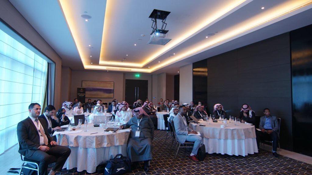 رابطة الدوري السعودي للمحترفين تعقد ورشة عمل تراخيص الأندية