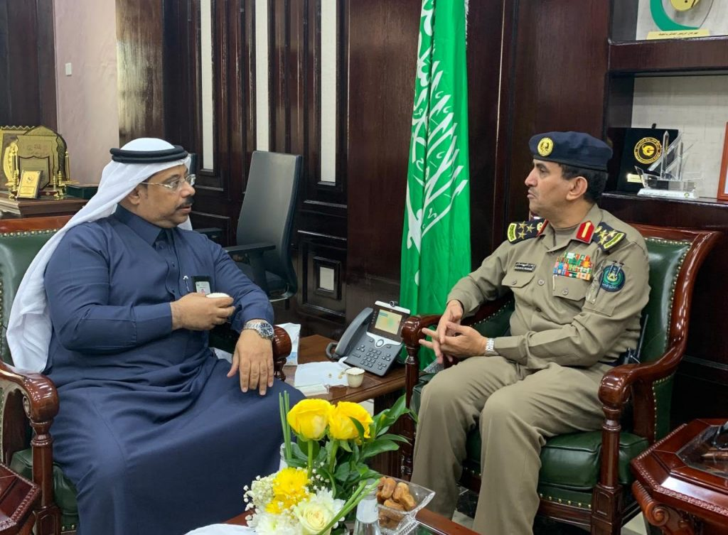 أمين الجوف يبحث أوجه التعاون مع الدفاع المدني