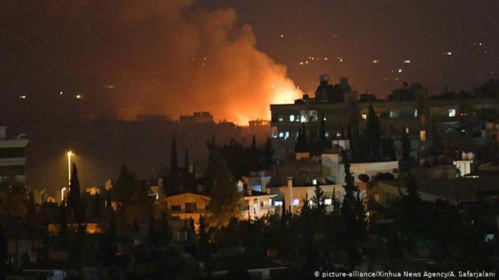 المرصد السوري: مقتل ضباط سوريين وإيرانيين بقصف إسرائيلي على دمشق