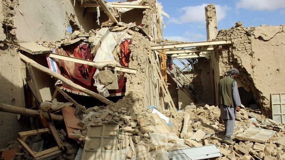 مقتل 8 مدنيين بغارة جوية في أفغانستان