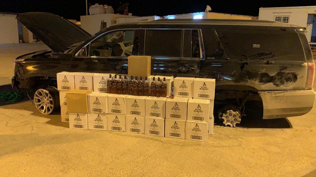 الإطاحة بشخص بحوزته أكثر من 450 زجاجة خمر بوادي الدواسر