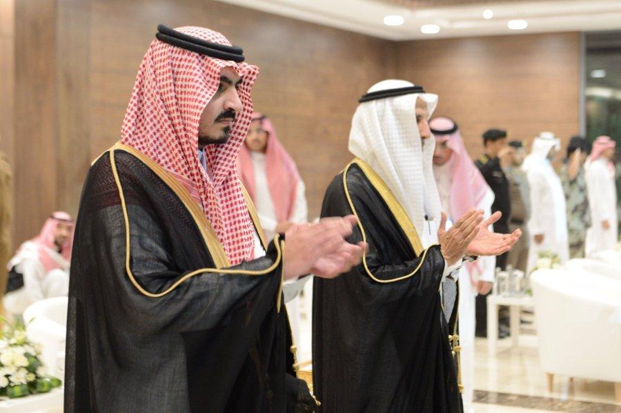 """بتشريف الأمير بدر بن سلطان.. """" أم القرى """" تزف الدفعة الثامنة والستين من طلابها"""