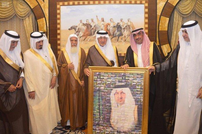 الأمير خالد الفيصل يستقبل عدداً من أهالي منطقة عسير