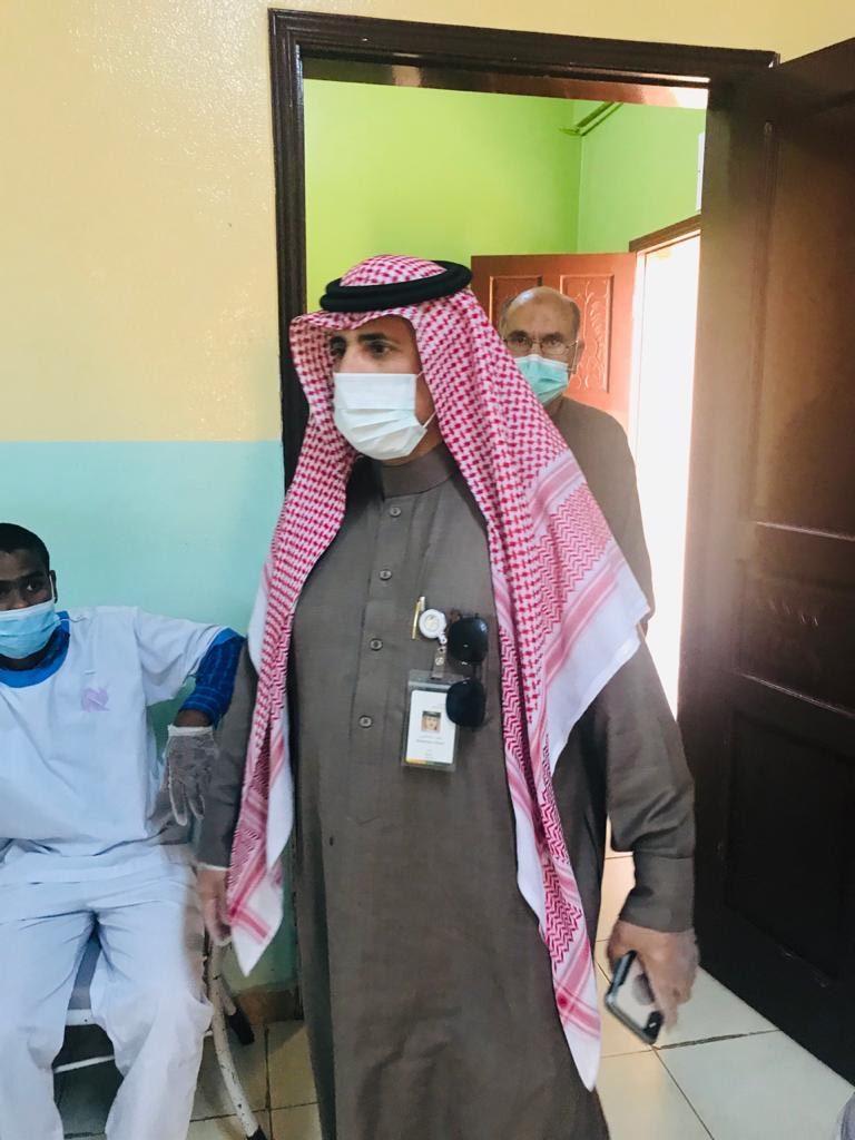 مدير فرع وزارة الموارد البشرية بمنطقة تبوك يتفقد الدور الإيوائية بمحافظة تيماء