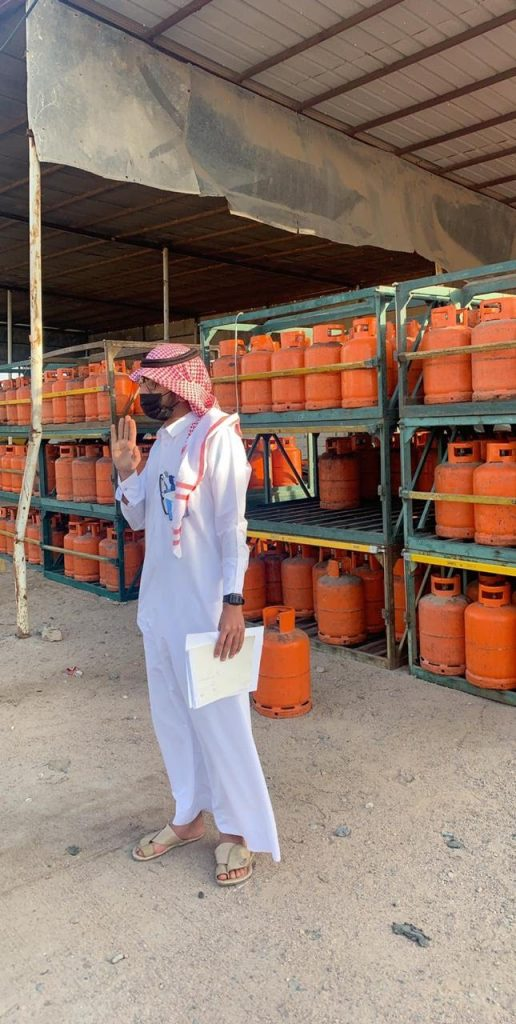 بلدية البدع تلزم محلات بيع أسطوانات الغاز بتنظيفها