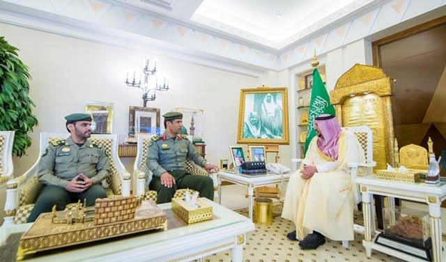 أمير القصيم يلتقي العميد الشبرمي بمناسبة تكليفه مديراً لجوازات المنطقة