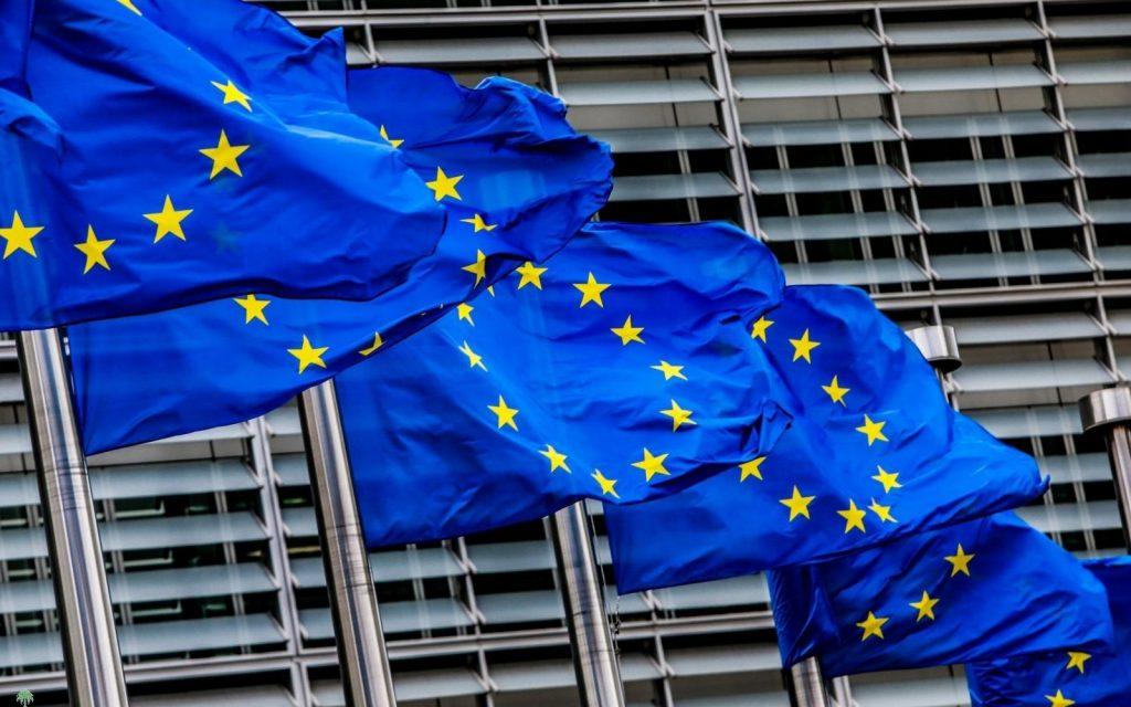 السماح بنقل البيانات بين الاتحاد الأوروبي والمملكة المتحدة