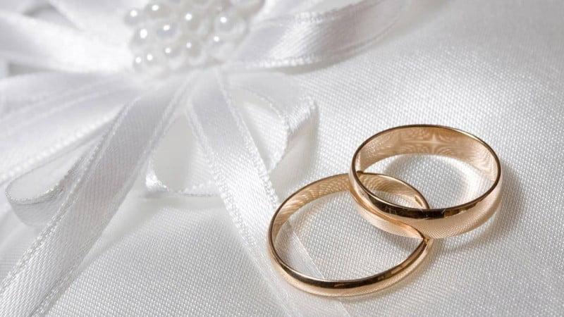 هل يتنقل المتزوج بأكثر من زوجة أثناء فترة منع التجول؟