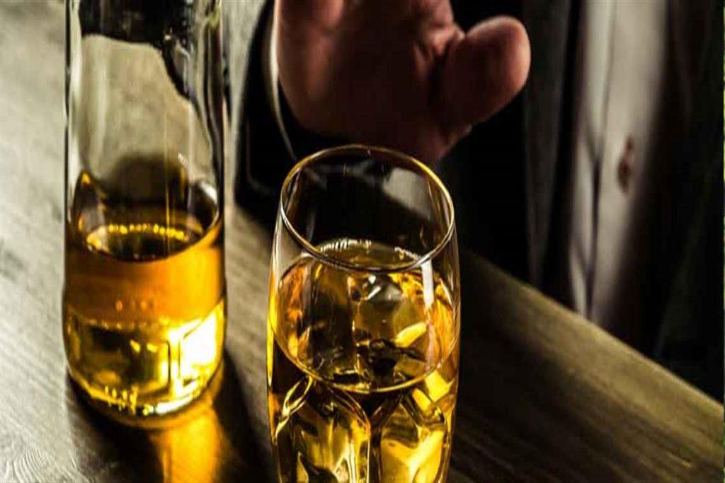في البيرو… وفاة 16 شخصاً شربوا كحولاً مغشوشة للوقاية من كورونا