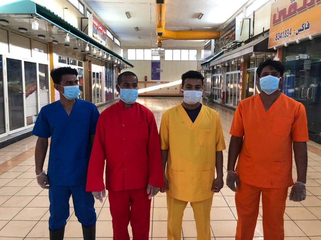 أمانة الشرقية تلزم عمال أسواق النفع العام بارتداء زي موحد بألوان تختلف حسب النشاط