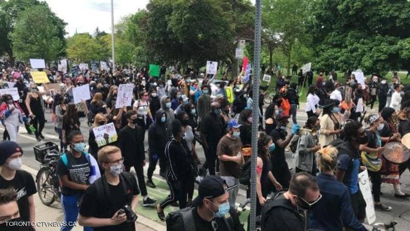 """""""فلويد جديد"""".. المظاهرات ضد العنصرية تمتد إلى كندا"""