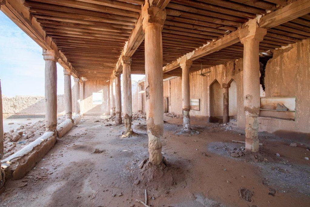 منمشروعسمووليالعهدلترميموتأهيلالمساجدالتاريخيةبالمملكة..مسجدعقلةالصقوربالقصيم