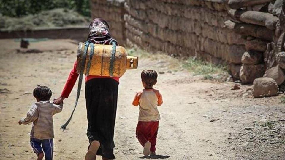 الفقر يتسع في إيران.. وتكاليف المعيشة تقفز بـ80%