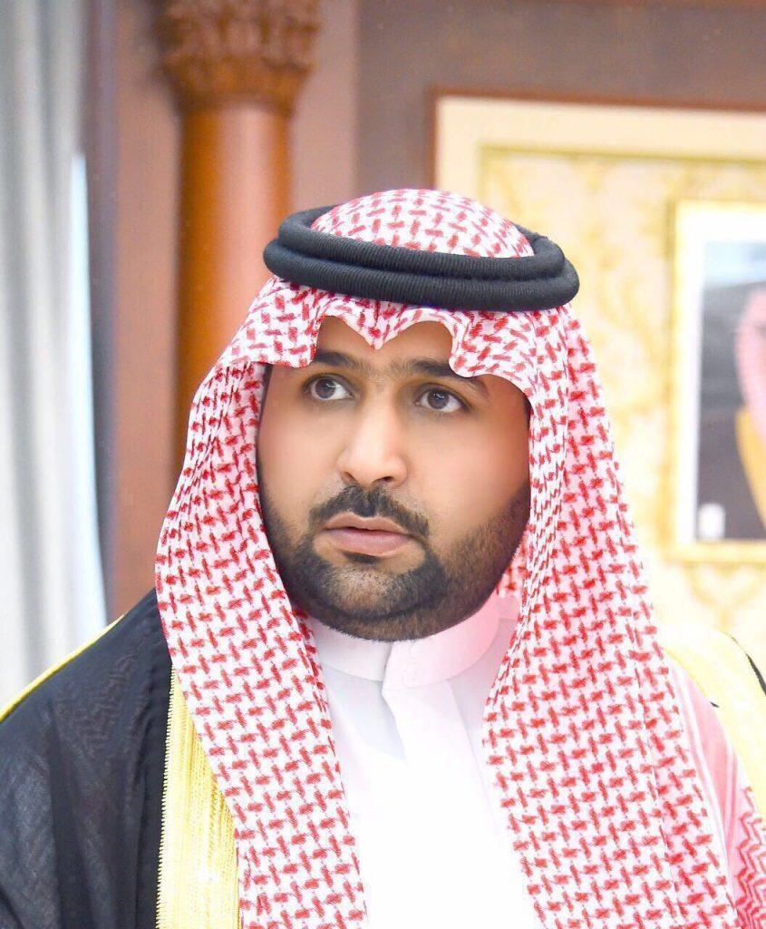 لأمير محمد بن عبدالعزيز يواسي ذوي أسرة شيخ قبيلة آل حيدر بمحافظة صامطة