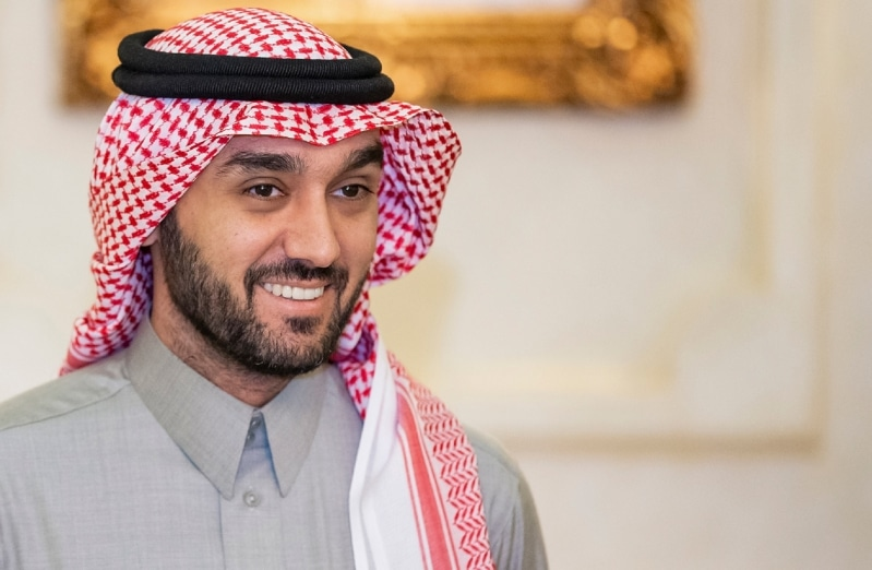 اتحاد الكاراتيه يهدي وزير الرياضة الحزام الأسود الفخري