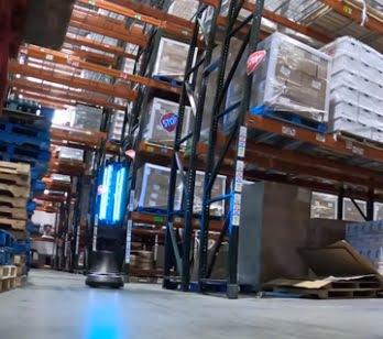 """فيديو.. روبوت أمريكي يصيد """"كورونا"""" في وقت قياسي"""