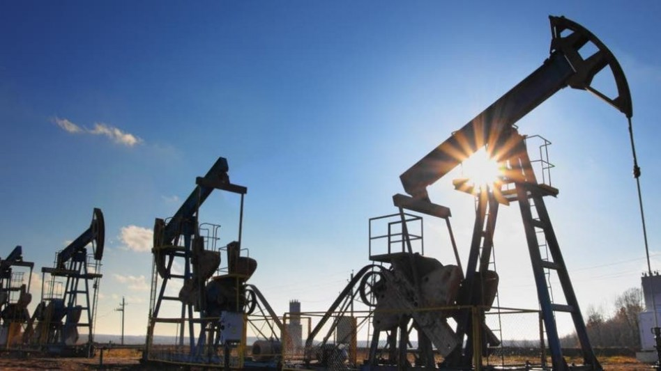 ارتفاع أسعار النفط 2 % بعد هبوط المخزونات الأمريكية