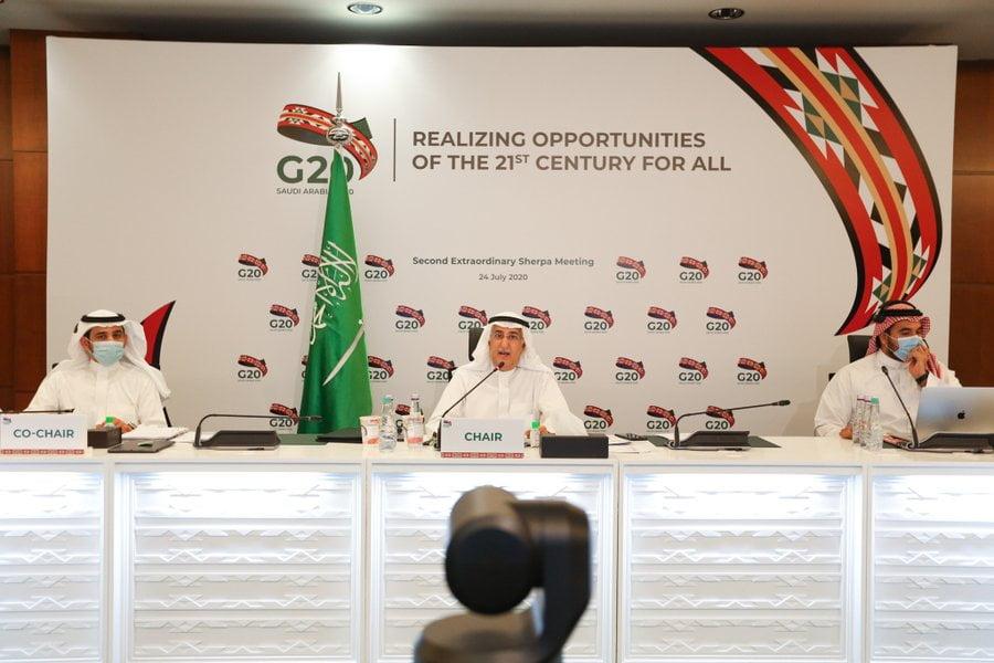 شربا مجموعة العشرين يناقشون حماية الأرواح وسبل العيش واستعادة النمو الاقتصادي والتعافي بشكل أقوى