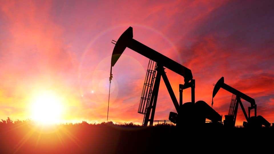 أسعار النفط مستقرة بعد مخاوف مرتبطة بكوفيد-19