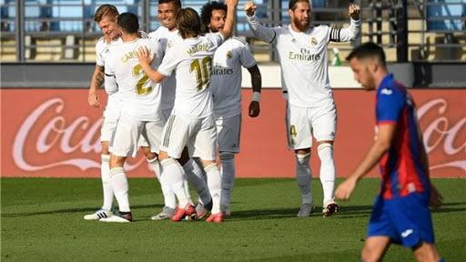 الدوري الإسباني.. ريال مدريد على بعد 3 نقاط من التتويج بعد تغلبه على غرناطة