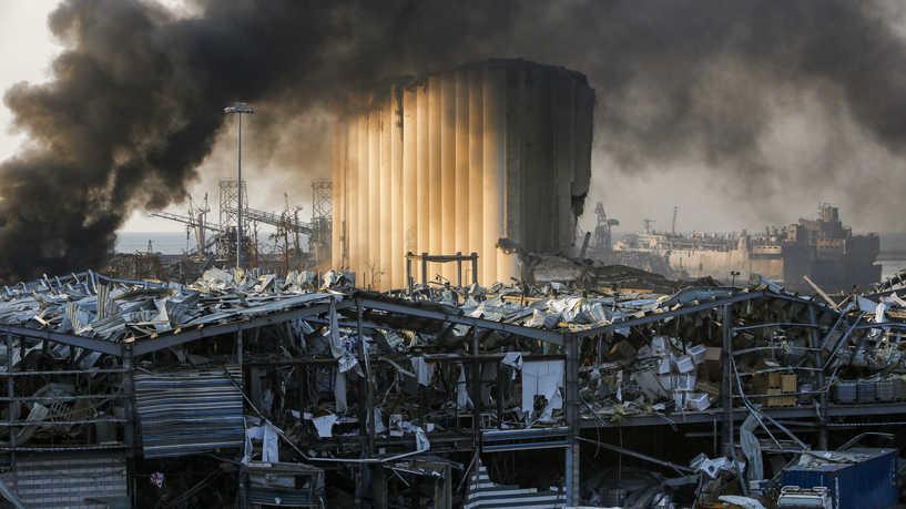 """""""وضع كارثي"""".. محافظ بيروت: 300 ألف شخص باتوا مشردين بعد الانفجار"""