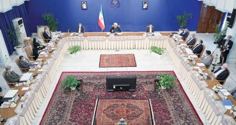 الرئيس الإيراني: الاعتقاد بقدرة حكومتي على تخطي مشكلات النظام ليس دقيقاً