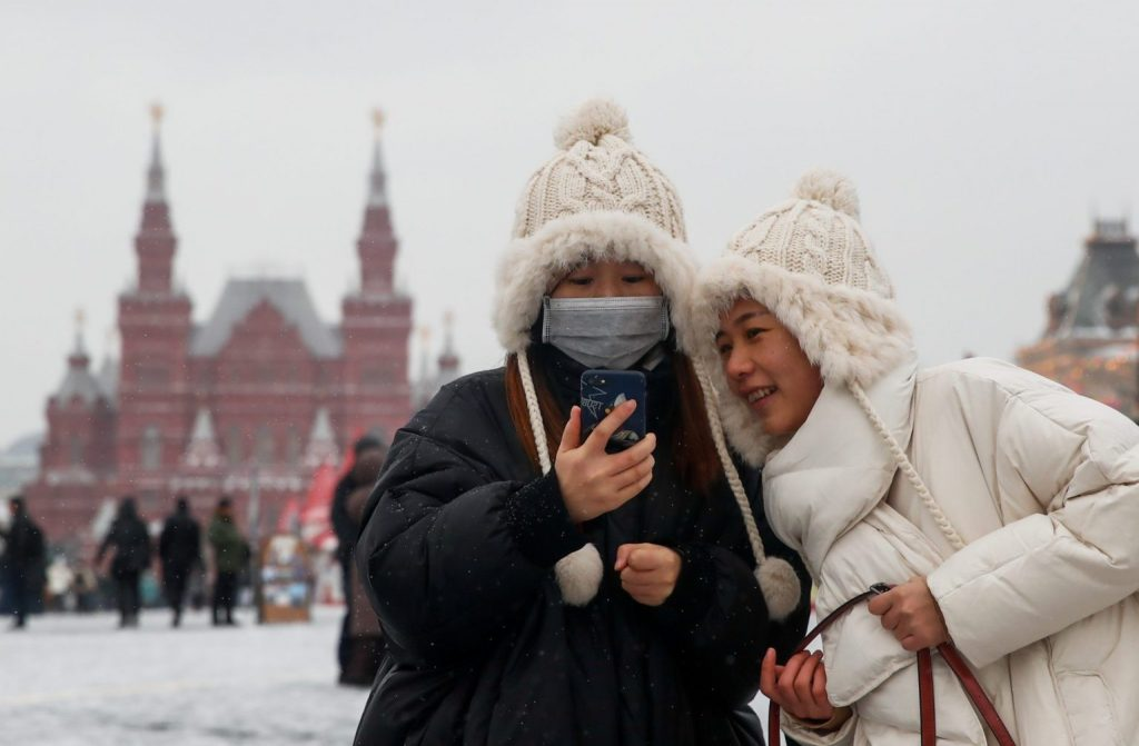 روسيا تعتمد تأشيرة موحدة للأجانب.. والطلب إلكترونيّ
