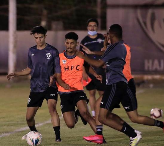 نادي هجر يواصل استعداداته لمباراته المقبلة أمام الأخدود