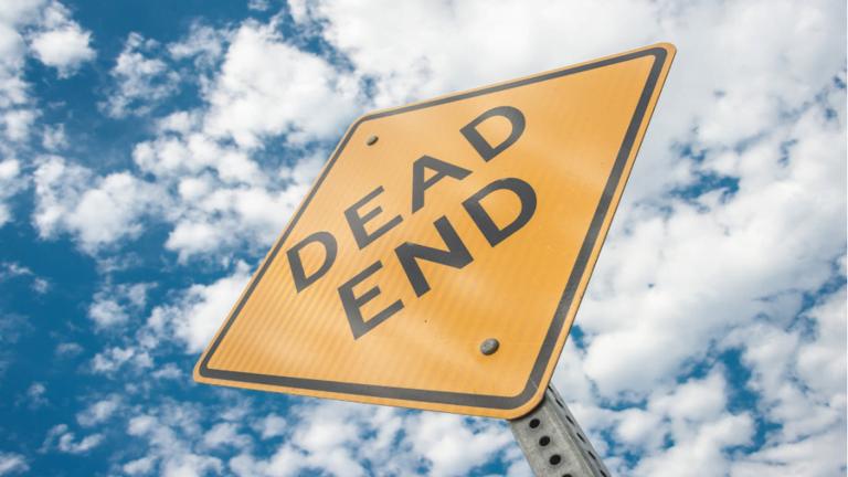 """باحثون يتوقعون نهاية الحضارة البشرية خلال """"عقود"""" مع فرصة نجاة 10% فقط!"""