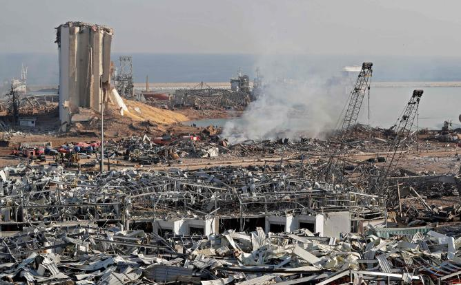 مجلس الوزراء اللبناني يقرر فرض الإقامة الجبرية على كل من أدار شؤون تخزين نيترات الأمونيوم حتى تاريخ الانفجار