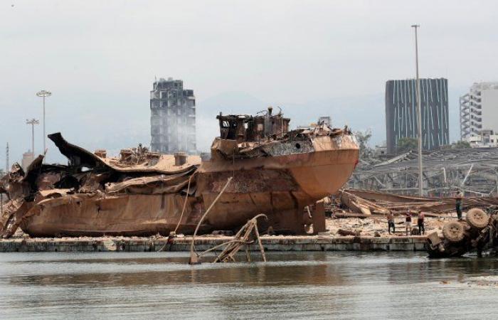 """انفجار بيروت.. قبرص تستجوب مالك """"سفينة الموت"""""""