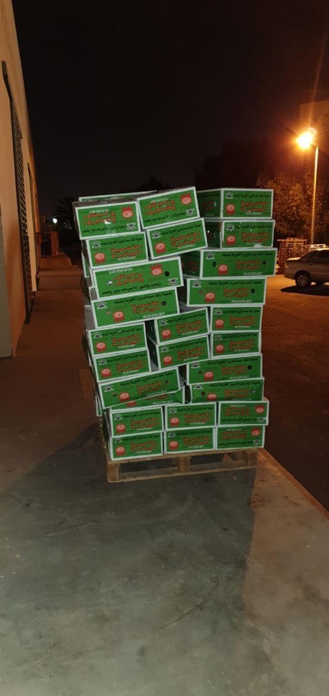1000 مستفيد ومستفيدة من توزيع جمعية الملك عبدالعزيز الخيرية بتبوك للأضاحي