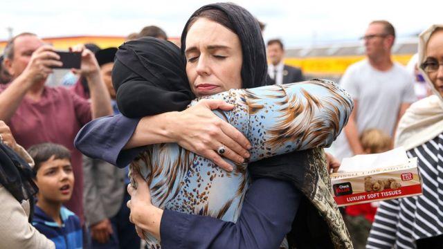 """بأغلبية ساحقة.. فوز تاريخي لـ""""قاهرة الأزمات"""" رئيسة وزراء نيوزيلندا"""