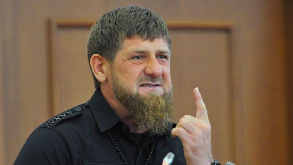 بعد قطع رأس المسيئ للرسول ﷺ..رئيس الشيشان يحذر من استفزاز المسلمين