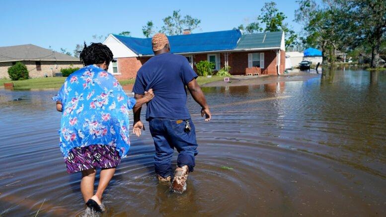 إعصار زيتا يضرب أمريكا ويقطع الكهرباء عن مليوني شخص